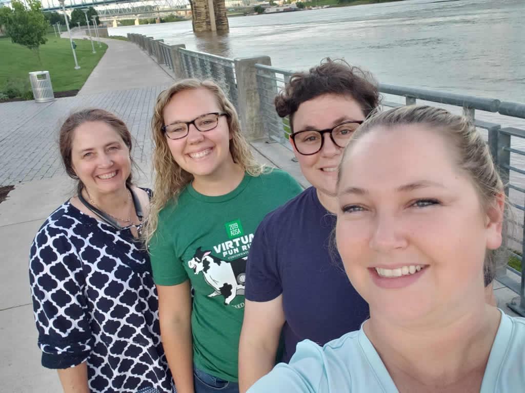 Liz with 2 grad students and Gina Pighetti