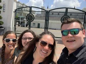 sawyer selfie with three girls